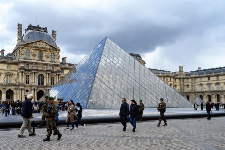 2017 April 26 - Louvre (12)